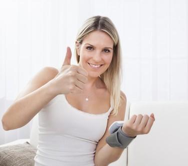 ¿Se puede saber si estás embarazada tomando el pulso?
