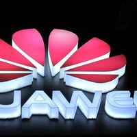 Huawei sigue a Xiaomi y entrará al mercado de autos eléctricos y autónomos: se asociará con tres fabricantes e invertirá más de mil millones de dólares