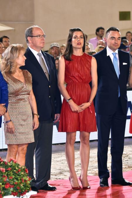 Carlota Casiraghi Vestido Rojo B