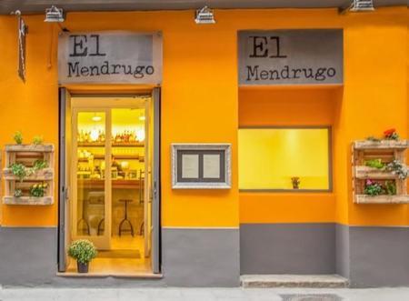 Ambiente divertido, como el nombre, y cocina de temporada en El Mendrugo en Chueca