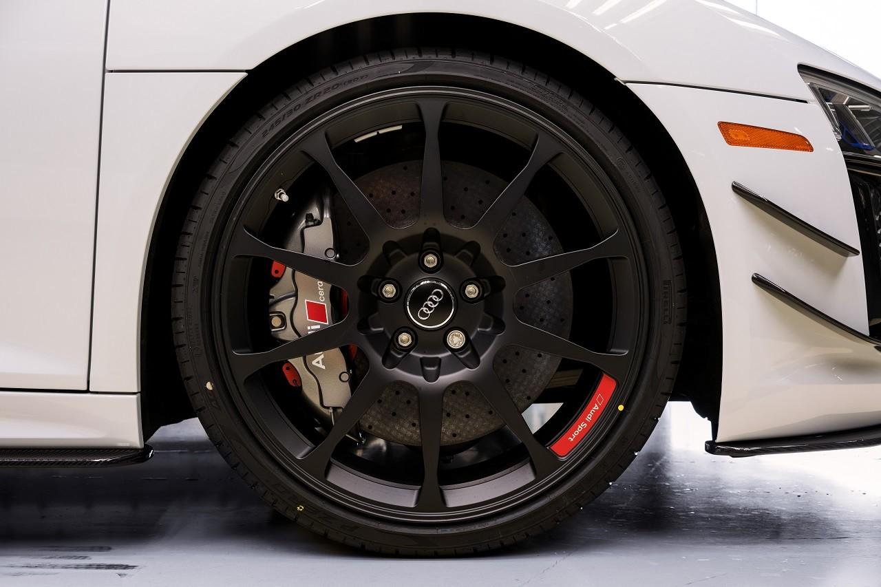 Foto de Audi R8 V10 Plus Coupé Competition Package (4/12)