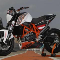 Foto 13 de 31 de la galería ktm-690-duke-track-limitada-a-200-unidades-definitivamente-quiero-una en Motorpasion Moto
