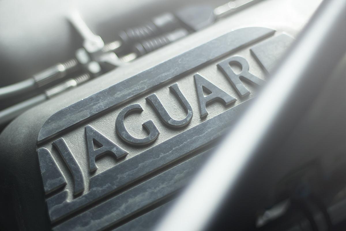 Foto de Jaguar XJ220 por Overdrive AD (18/21)