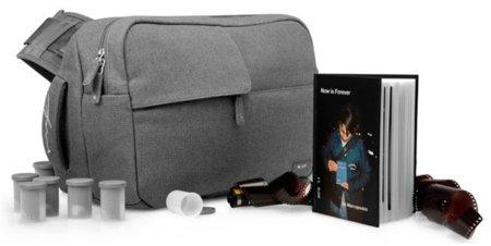 La bolsa para la cámara de fotos de Ari Marcopoulos, una colaboración con InCase