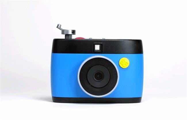 OTTO es una cámara GIF que hace uso de Raspberry Pi