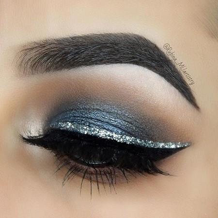 Eyeliner Plateado 4