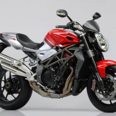 Foto 7 de 8 de la galería mv-agusta-brutale-1090rr-y-990rr-modelos-2010 en Motorpasion Moto