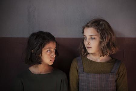 """Por fin ha llegado a HBO """"La amiga estupenda"""". Y sí, es tan preciosa como los libros de Elena Ferrante"""