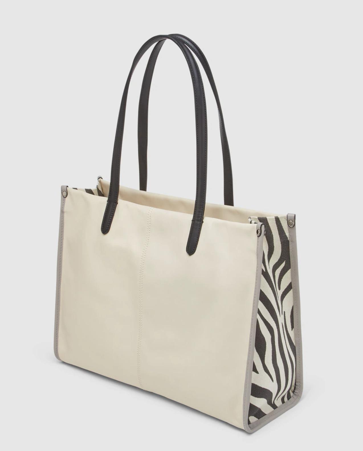 Bolso shopper grande Innue de piel en beige con laterales animal print