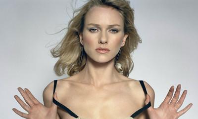 Naomi Watts posible protagonista del remake de 'Los Pájaros'