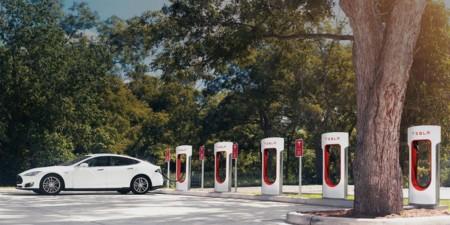 Tesla Motors Cargadores
