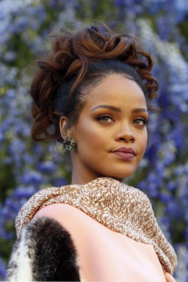 Rihanna Desfile Dior Paris 2015 1