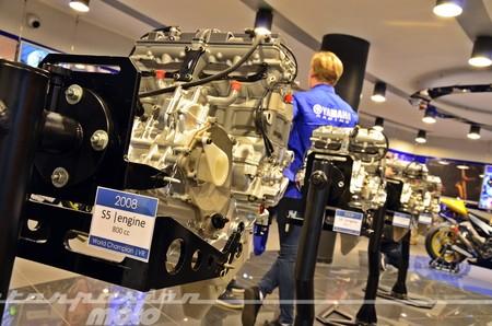 Yamaha Racing 035