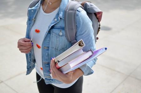 Del 20% en los sesenta a la mayoría de hoy: así han conquistado las mujeres la Universidad española