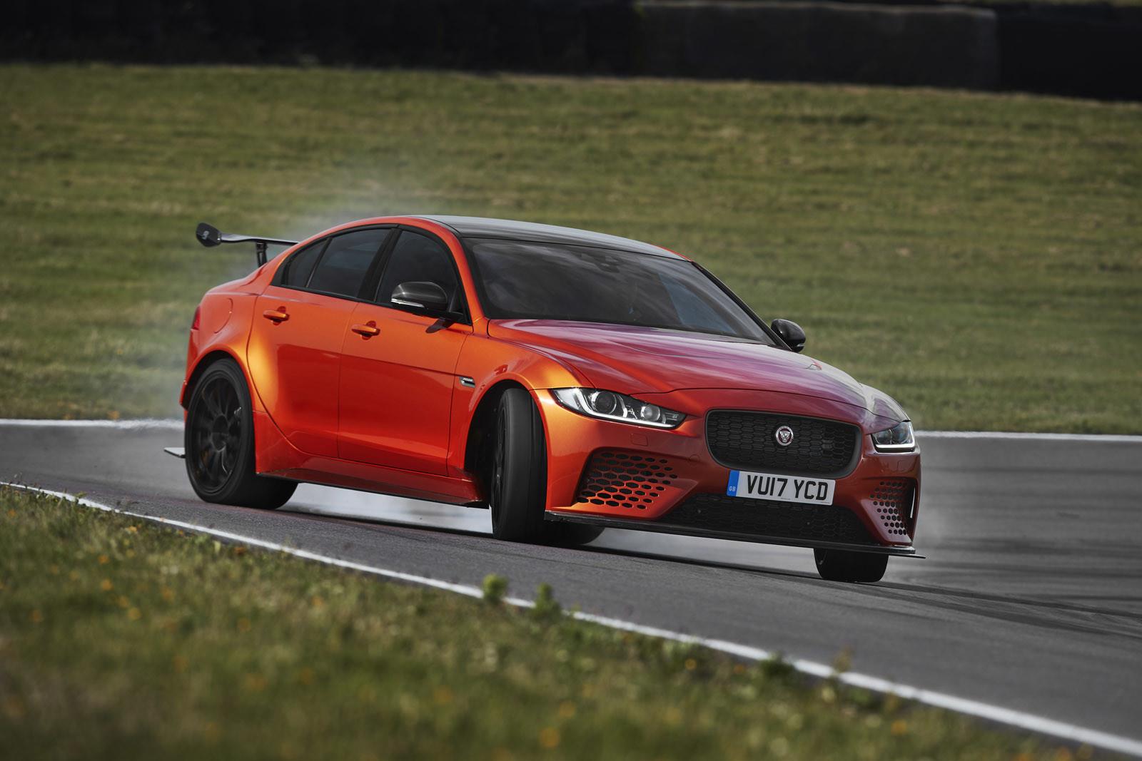 Foto de Jaguar XE SV Project 8 (9/12)