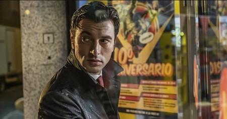 'Orígenes secretos' de Netflix no es un 'Ready Player One' con superhéroes, sino una parodia amable pero sin demasiado filo