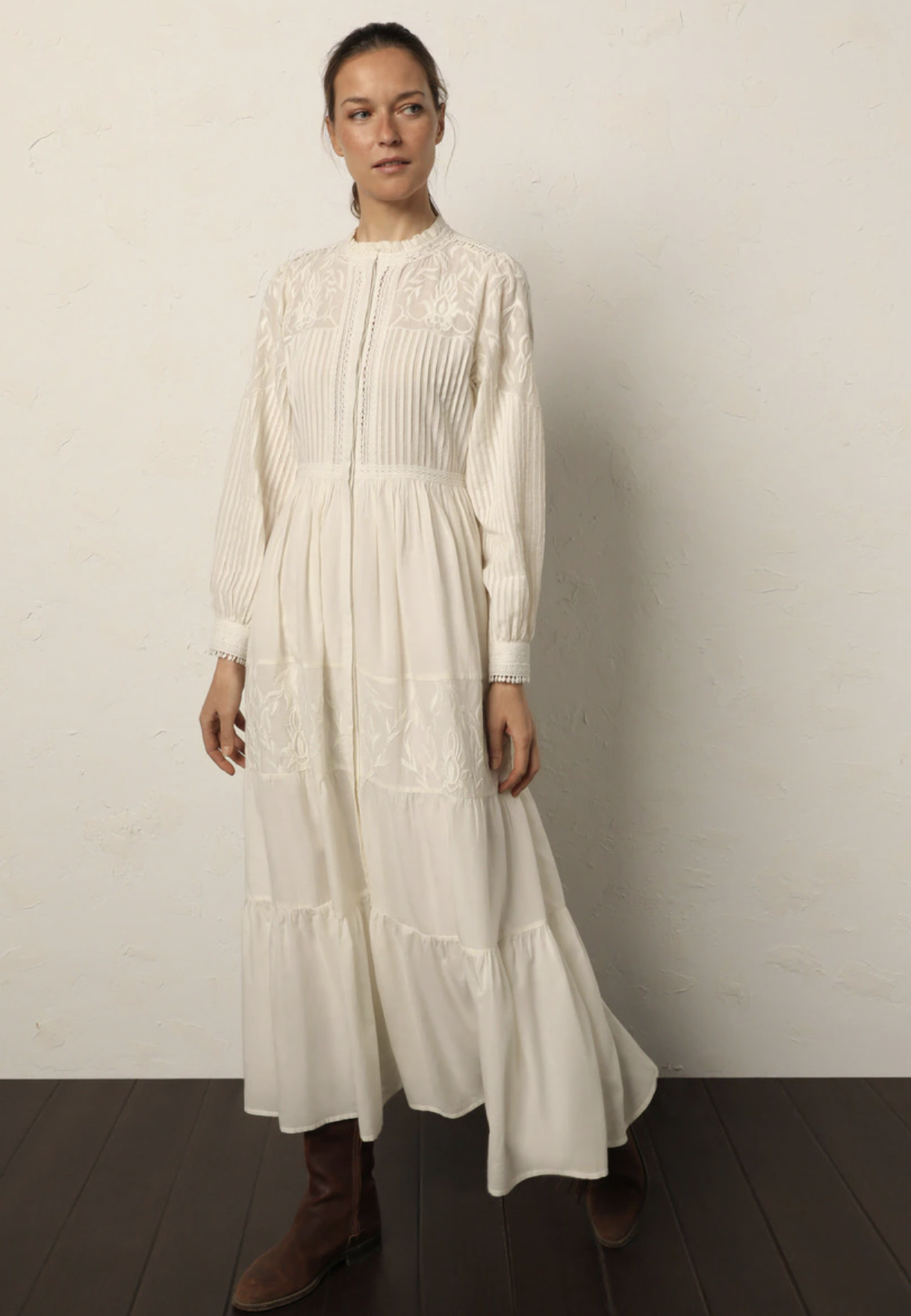 Vestido largo romántico bordados