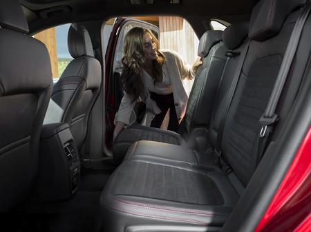 Ford Kuga 2019 230