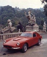 Coches para el recuerdo: Apollo GT, artesanía italiana y fuerza americana
