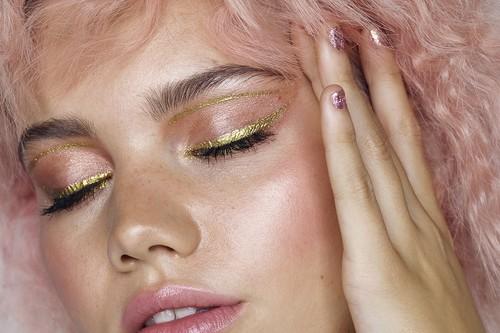 Primark le sube el volumen al glitter con una colección beauty de Navidad que es una fantasía