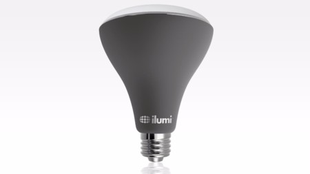 Ilumi BR30, una bombilla LED inteligente para colocar en exteriores