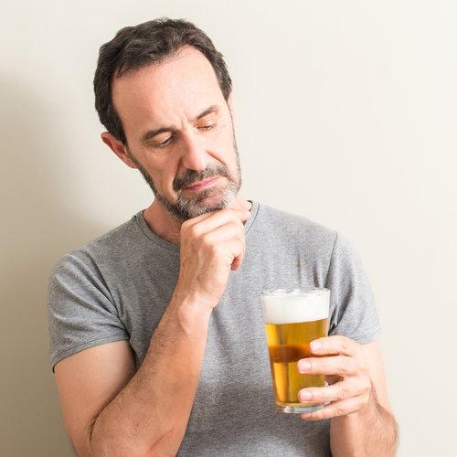 Por qué es tan difícil hacer una buena cerveza sin alcohol (y por qué a los españoles nos gusta tanto aunque digamos lo contrario)