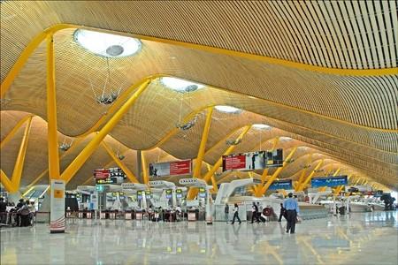 El aeropuerto de Madrid cambia su nombre por Adolfo Suárez, Madrid-Barajas