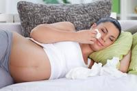 ¿Resfriada durante el embarazo? Consejos para aliviar los síntomas