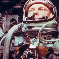 Las esferas brillantes que el astronauta John Glenn vio en su órbita a la Tierra fueron algo bastante prosaico