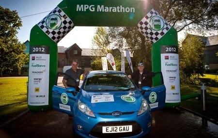 Ford Fiesta ECOnetic MPG Marathon 2012 02
