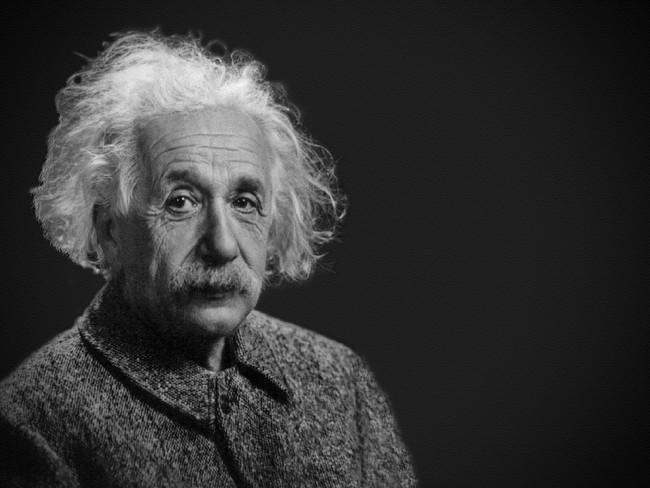 Albert Einstein 1933340 960 720