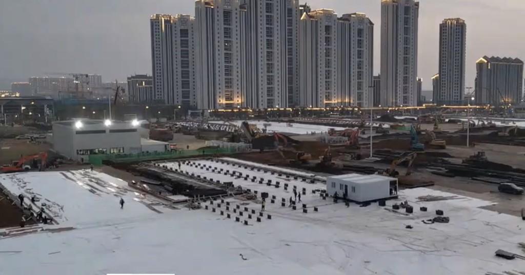 Más de ocho millones de personas están viendo por streaming cómo China construye un hospital para el coronavirus en diez días