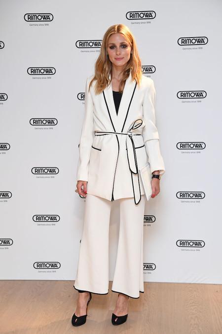 Olivia Palermo Como Combinar Pantalones Blancos 04