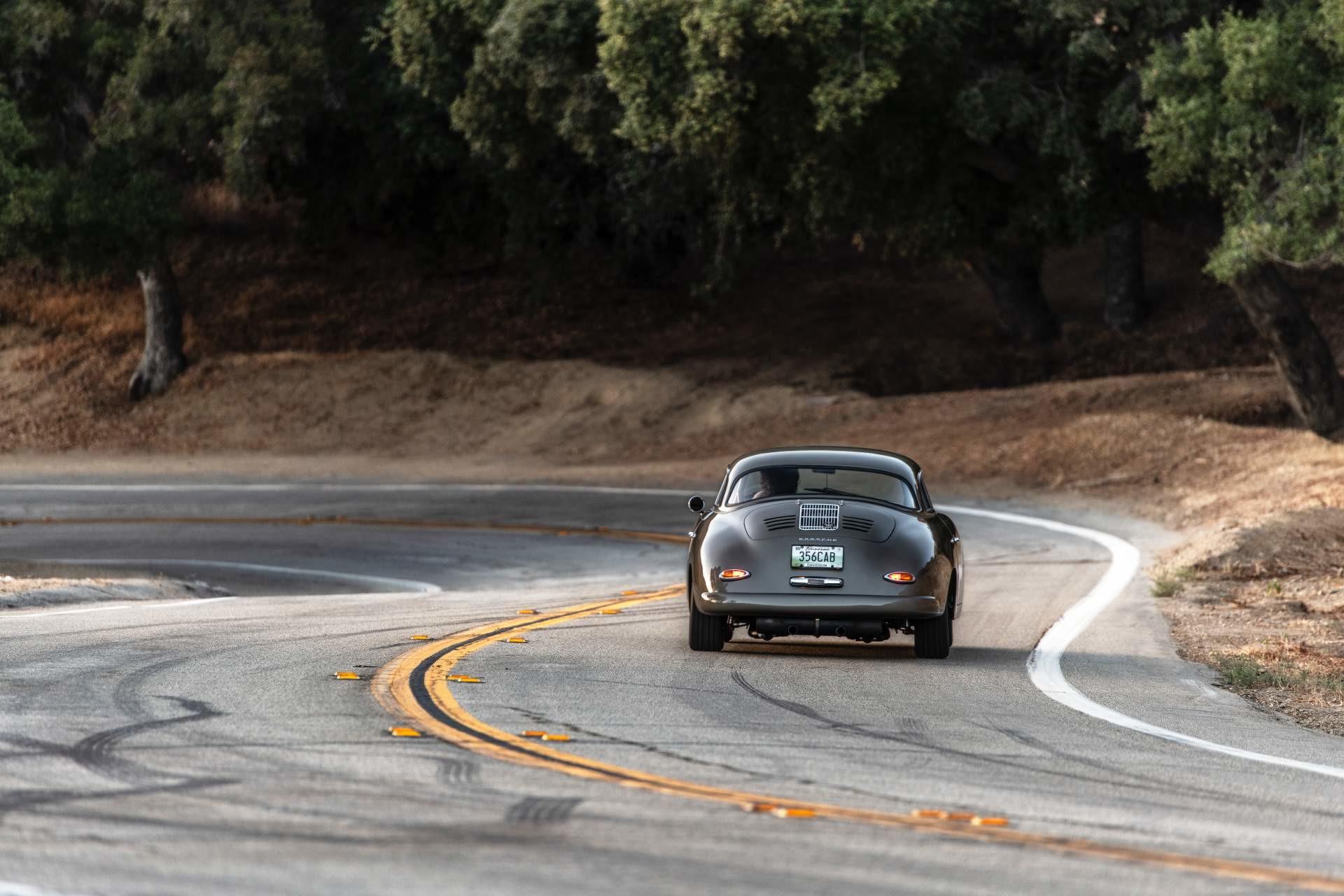 Foto de Emory Motorsports Porsche 356 restomod (15/46)