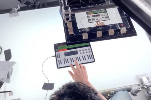Así se grabaron los últimos anuncios sobre productividad del iPad Pro y los experimentos del iPhone XR