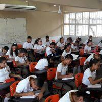Por la pandemia, Morena y PRI quieren que el gobierno pague el internet a estudiantes de primaria y secundaria en México