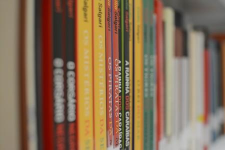 El futuro del libro es Netflix: un gigante editorial ya ha abandonado el papel por un servicio digital