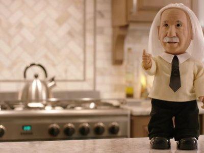 Este asistente de voz inspirado en Einstein es la idea más genial y loca de Kickstarter