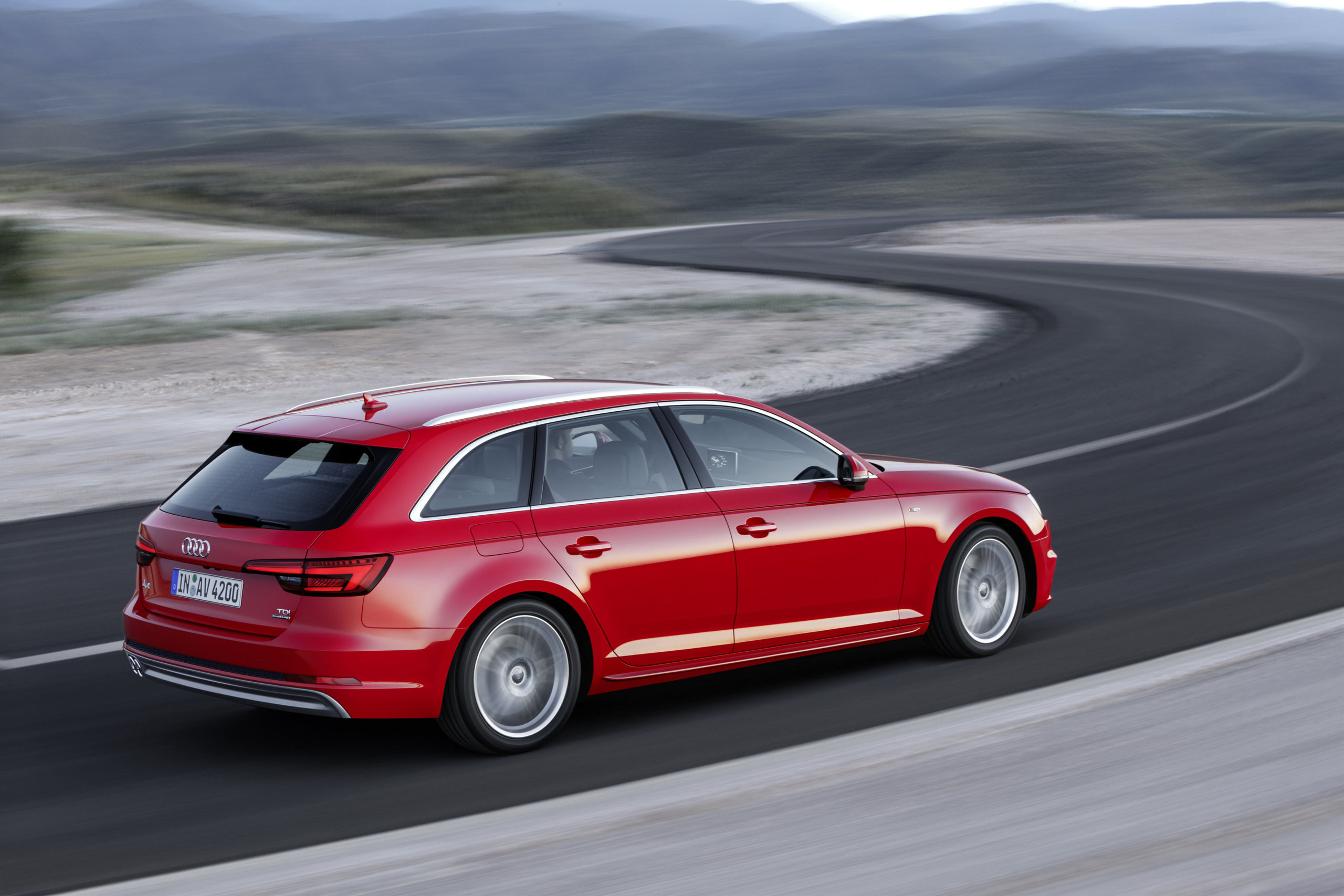 Audi A4 2015 7 22
