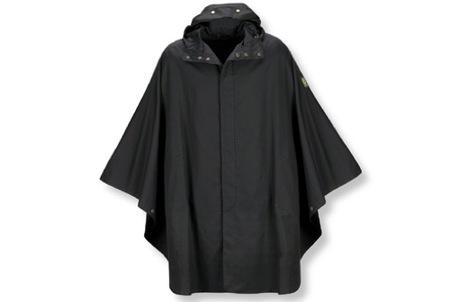 Belstaff te cubre de la lluvia con un poncho