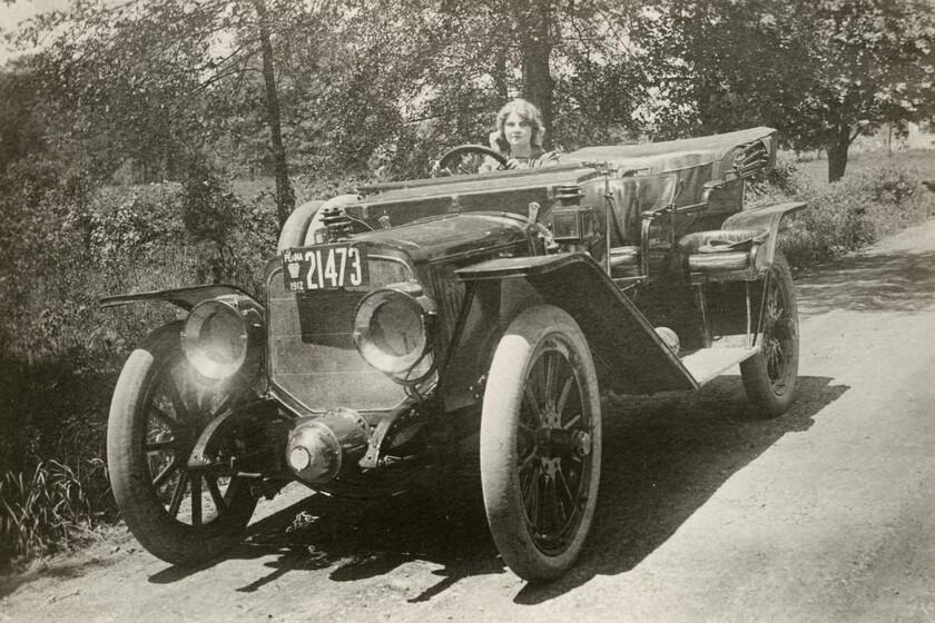 Vida, pasión y muerte de Florence Lawrence, la actriz precursora de los intermitentes en los coches