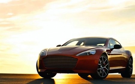 Rapide S es la nueva creación de Aston Martin