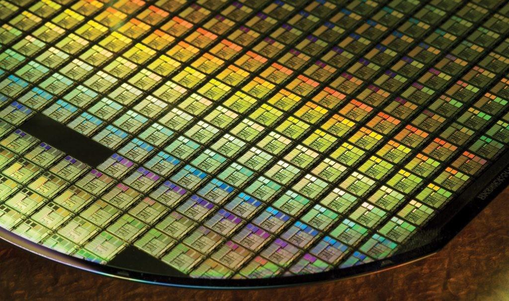 Acabamos de iniciar la era de los 7 nanómetros, pero en TSMC prometen chips de 5 nanómetros en la primera mitad de 2020
