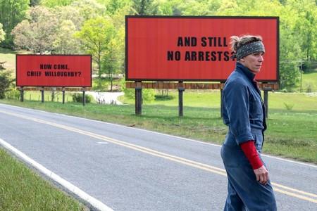 'Tres anuncios en las afueras' es una soberbia fábula criminal que rebosa misantropía y humor macabro
