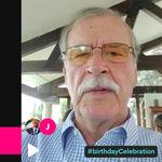 """Vicente Fox (sí, el ex presidente de México) ahora cobra 6,000 pesos por cantarte 'Las Mañanitas"""" a través de una app"""