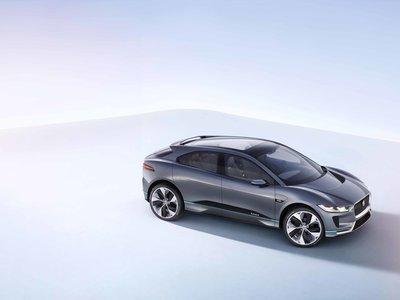 Jaguar I-PACE Concept, el primer eléctrico de Jaguar promete subir la tensión con sus 400 caballos de potencia