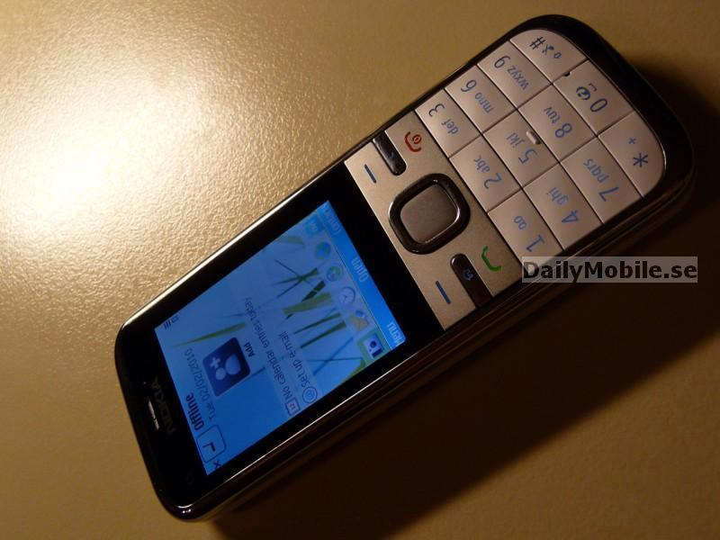 Foto de Nokia C5 (8/10)