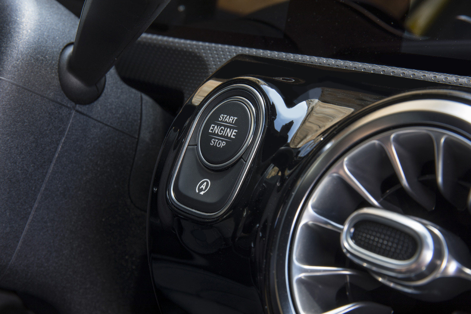 Foto de Mercedes-AMG A35 (presentación) (54/122)