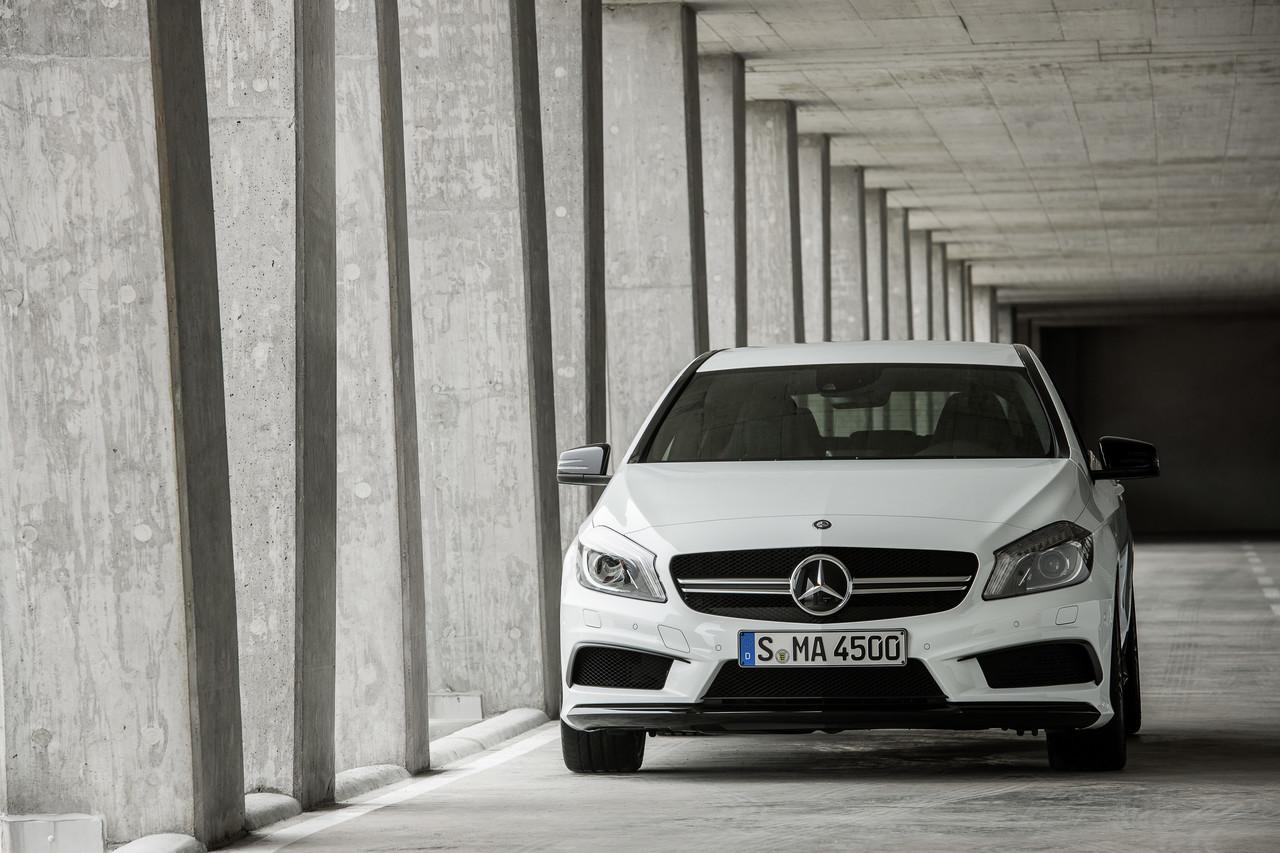 Foto de Mercedes-Benz A 45 AMG (5/24)