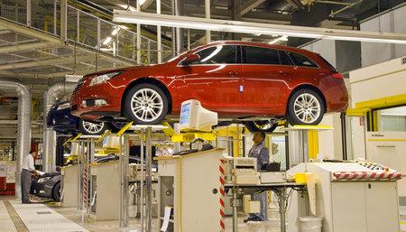 Opel está negociando recortes de horas en Alemania